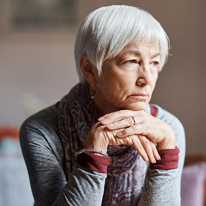 Press Release - A woman hoping for Alzheimer's drug development progress